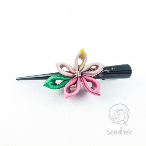 Pince fleur lilas sendrée tissu japonais
