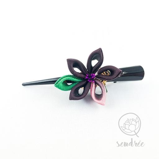 Pince fleur violette sendrée papier japonais