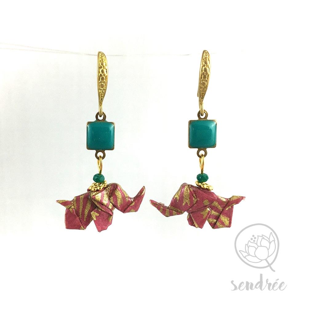 Boucles d'oreilles origami éléphant rose bruyère et or Sendrée en papier japonais washi