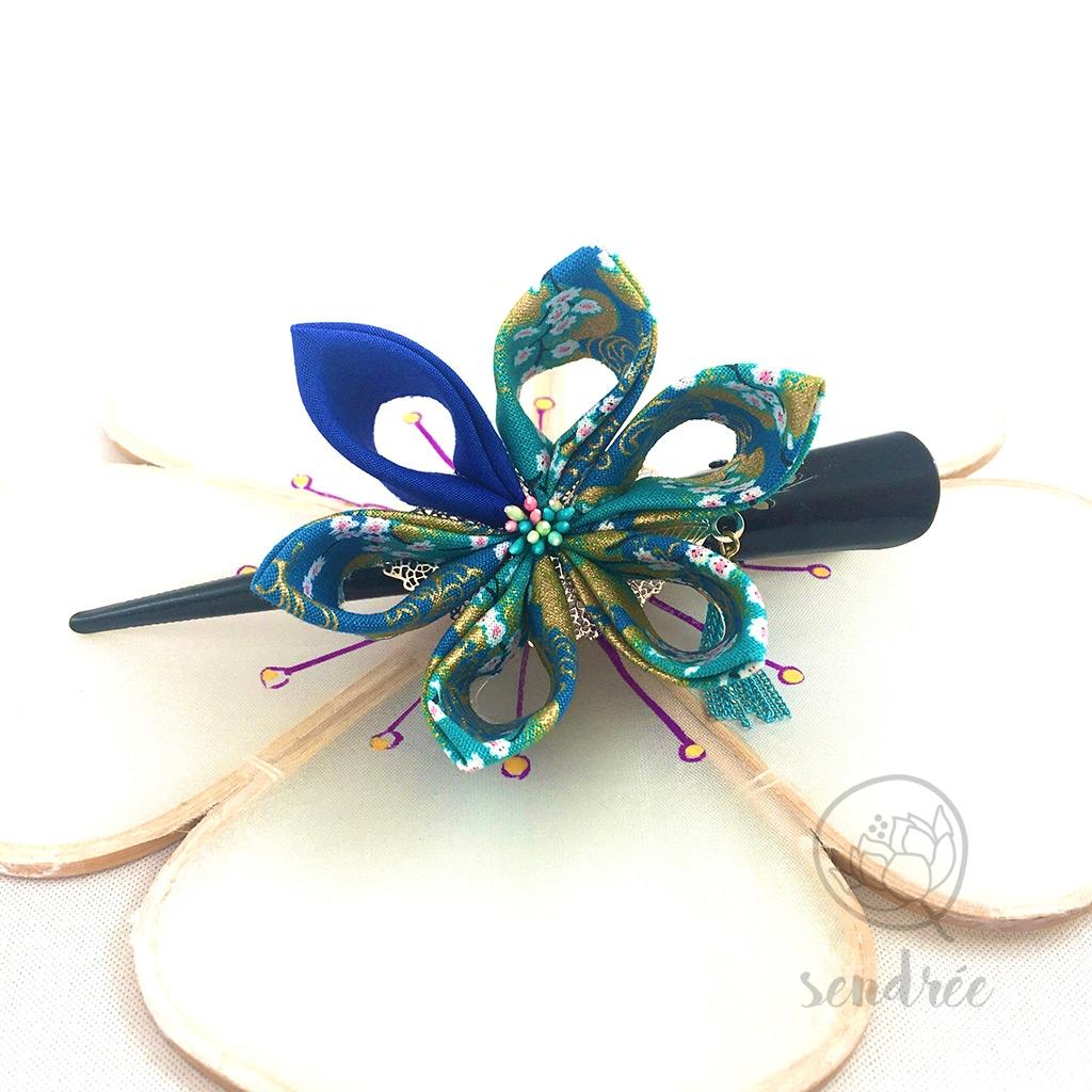 Grande pince pour cheveux ornée d'une fleur Sendrée tissus japonais