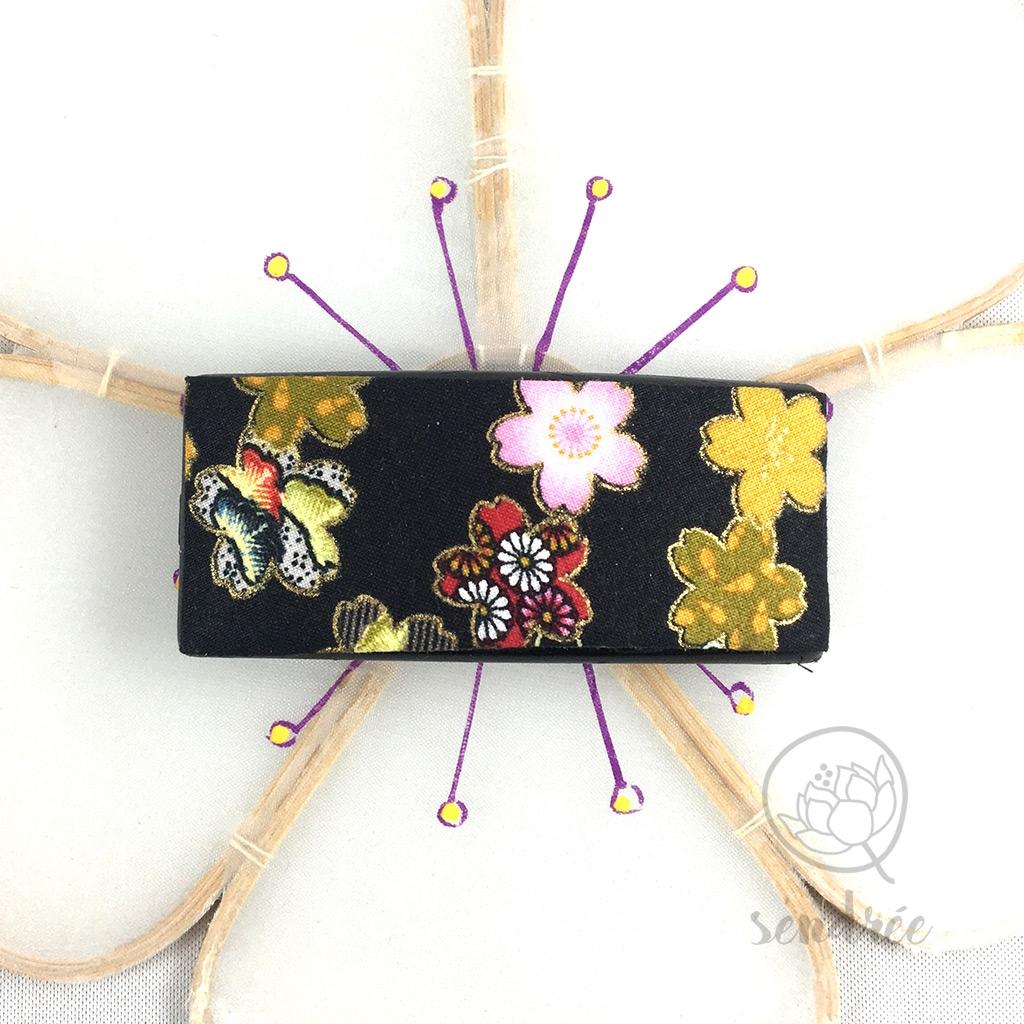 Barrette tissu cerisier noir sendrée tissu japonais