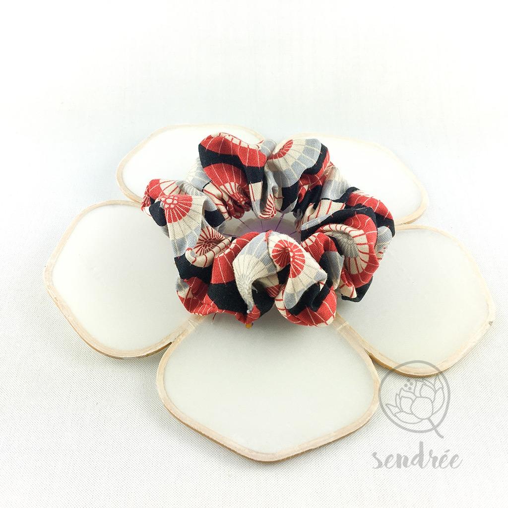 Chouchou ombrelle rouge sendrée tissu japonais